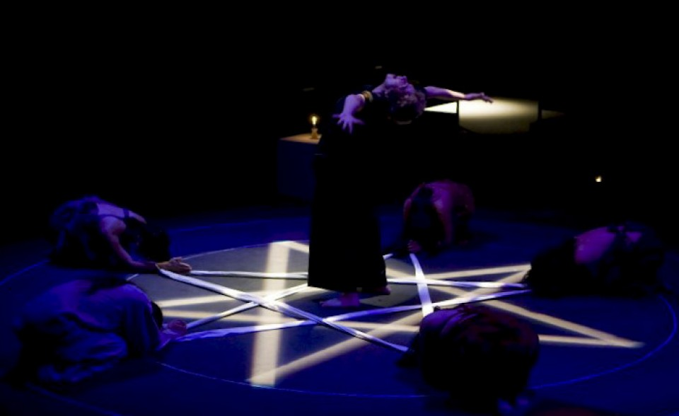 Dynamic Elements, Alt Thea (actor) Kuala Lumpur, Malaysia 2009